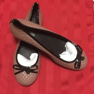 NWOT. Michael Kors Quilted Flat Shoes